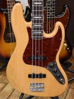 American Vintage 70s Jazz Bass